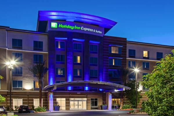 Holiday Inn Expresarriott Earn Top Customer Experience Ratings For Hotels Southwest Airlines