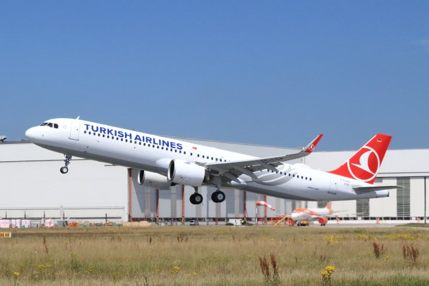 Turkish Airlines receives first Airbus A321neo aircraft
